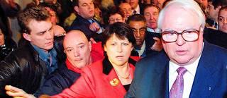 Le 18mars 2001, Martine Aubry est la première femme élue maire de Lille. Elle succède à Pierre Mauroy, qui en a fait sadauphine.  «Je l'aimais beaucoup. Elle m'a fait beaucoup de mal, aux Lillois aussi» , dira-t-il d'elle en 2006.   ©PHILIPPE HUGUEN