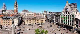 La place du Général-de-Gaulle et ses environs font partie des quartiers les plus prisés de la capitale des Flandres.