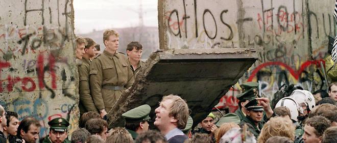 Le 11 novembre 1989 au matin, un nouveau passage est ouvert entre Berlin-Est et Ouest.