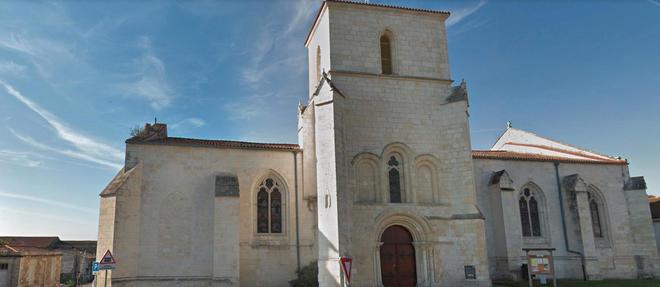 L'église de Tonnay-Charente en Charente-Maritime.