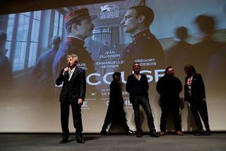 Roman Polanski, Jean Dujardin, Louis Garrel et Emmanuelle Seigner présentent le film « J'accuse ».