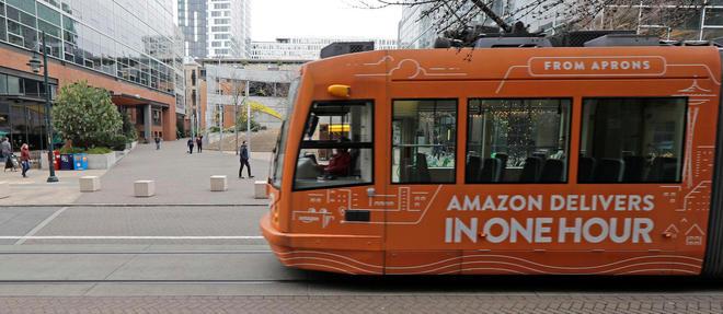 Amazon est le plus gros employeur de Seattle avec 50000 salariés.