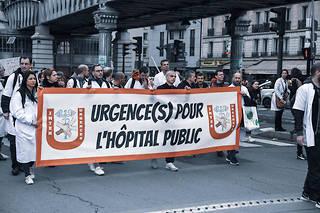 Des membres du personnel des hôpitaux publics descendront une nouvelle fois dans la rue le 14 novembre pour réclamer un plan d'urgence.