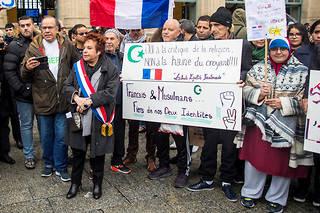 Esther Benbassa lors de la manifestation contre l'islamophobie à Paris le 10 novembre 2019.
