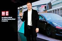 Tesla a reçu le prestigieux Volant d'or du magazine « Bild » et a annoncé l'implantation à Berlin de son usine européenne