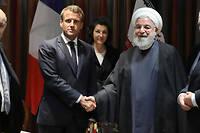 Échange de poignées de main entre Emmanuel Macron et Hassan Rohani après une rencontre en marge de l'Assemblée générale de l'ONU, le 23 septembre à New York.