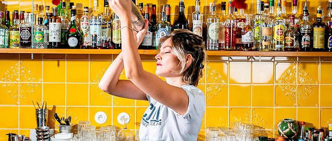 Margot Lecarpentier Combat (bar à cocktails), à Paris.