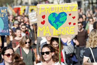 Manifestation pour la protection de l'environnement contre le réchauffement climatique (illustration).