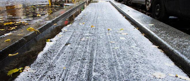 La neige et le verglas vont faire leur apparition ce jeudi (illustration).