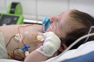 Environ 480000 bébés de moins de 2 ans seraient touchés par la bronchiolite chaque année en France.