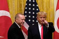 Après des semaines d'échanges tendus et parfois confus, Donald Trump a vanté mercredi sa bonne entente avec son homologue turc Recep Tayyip Erdogan.
