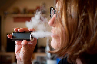 Dans un rapport publié en juillet, l'Organisation mondiale de la santé (OMS) a jugé que les cigarettes électroniques étaient « incontestablement nocives ».