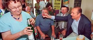 Jacques Chirac avait conquis le cœur des Français en montrant sa bonhomie à la table des bistrots.