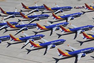 Les Boeing737 MAX encombrent les parkings... et mobilisent la trésorerie.