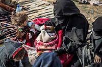 Dorothee Maquere, la femme de Jean-Michel Clain, en Syrie en mars 2019, avec un de leurs enfants.