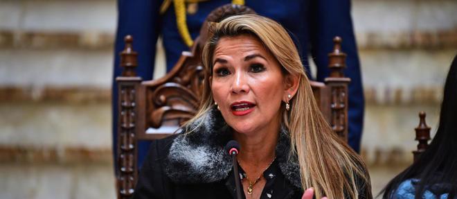 La crise en Bolivie a débuté le 20 octobre, après le scrutin présidentiel qui a vu Evo Morales élu pour un quatrième mandat. Depuis sa démission, le 10 novembre, Jeanine Añez assure l'intérim.