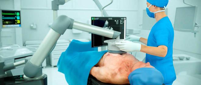 Environ 16 % des malades ne peuvent bénéficier des techniques chirurgicales actuelles, en France, en raison de leur âge et de pathologies associées.
