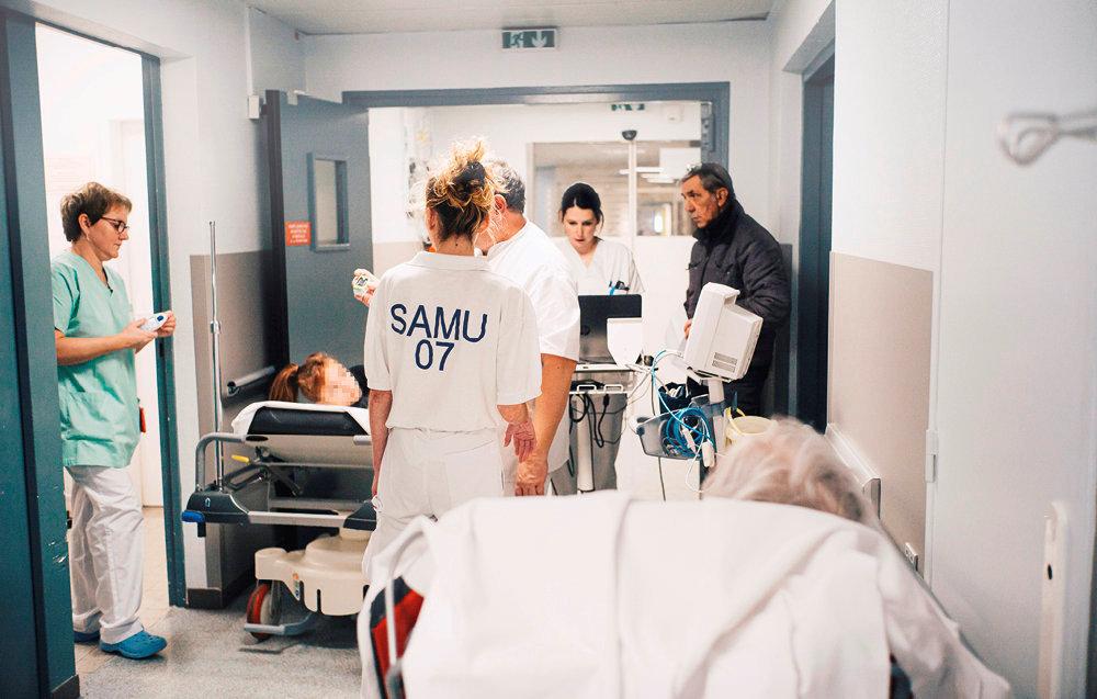Sous surveillance. Les urgences du centre hospitalier de Privas, en Ardèche.
