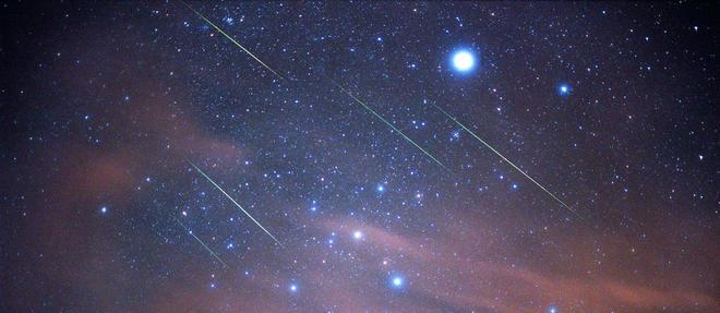 L'intensité de la pluie d'étoiles filantes du vendredi 22 novembre est difficile à prévoir. Entre 100 et 1 000 météores pourraient filer dans le ciel (illustration).