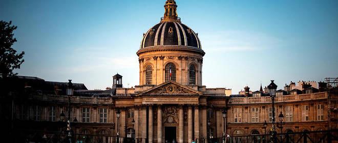 L'Institut de France où siège l'Académie française, quai Conti à Paris.