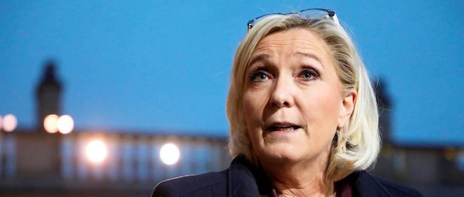 «Il y aura sûrement des responsables du RN qui iront» défiler contre la réforme du gouvernement, qui «sera le hold-up du siècle», a assuré la semaine dernière Marine Le Pen.