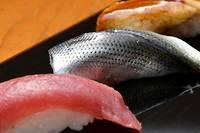 <p>Les sushis de chez Jiro ont été considérés comme les meilleurs du monde par plusieurs personnalités, dont l'ex-président américain Barack Obama.</p>