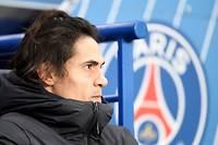 Meilleur buteur de l'histoire du Paris Saint-Germain avec 195 réalisations, Edinson Cavani voit son avenir dans la capitale s'écrire en pointillé.
