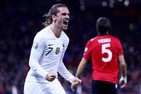 M6 et TF1 « se partageront, en exclusivité en clair, les 23 meilleures affiches de la compétition dont 12 matchs de poules – parmi lesquels le match d'ouverture et les matchs de l'équipe de France – », ainsi que « cinq huitièmes de finale, trois quarts de finale, les demi-finales et la finale ».