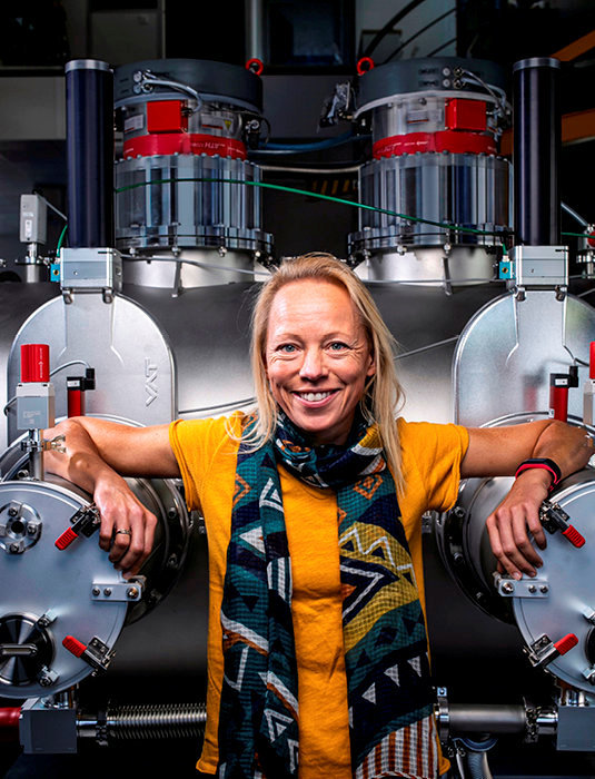 Propulsée… sur le podium. La chercheuse norvégienne, née en 1974, co-fondatrice de la start-up française ThrustMe, s'est vu décerner la médaille de l'innovation 2019du CNRS.