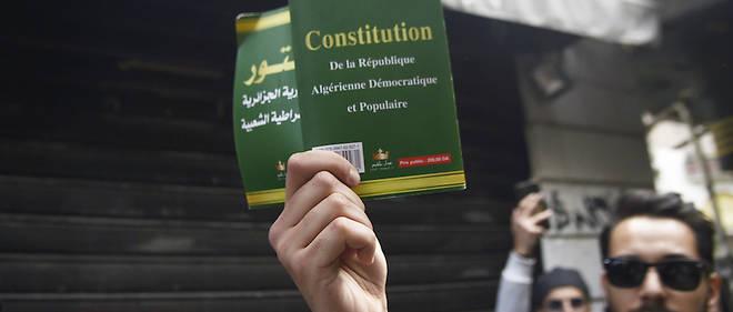 L'Union pour le changement et le progrès interroge la légalité de la décision du conseil des ministres en indiquant que «le découpage territorial relève de la loi qui devrait être adoptée par le Parlement» conformément au dernier amendement de la Constitution.