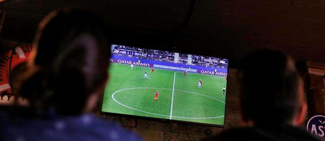 Découvrez le calendrier la répartition des droits de diffusion des compétitions de football pour les saisons 2019-2020 et 2020-2021.