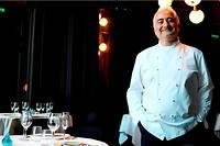 <p>Guy Savoy dans son restaurant à l'hôtel de la Monnaie de Paris.</p>