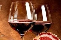<p>Charcuterie et vins corses.</p>