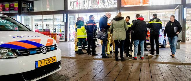 L'agression a eu lieu dans une rue commerçante de La Haye.