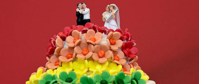 En Suisse, le mariage civil n'est toujours ouvert qu'aux couples hétérosexuels(image d'illustration).