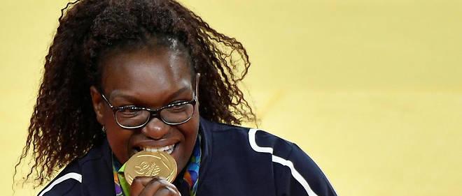« L'année après les Jeux, j'ai perdu mes repères, mon corps a fini par dire stop», explique la judokate au « Parisien ».