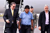 Sous la pression de la rue, Evo Morales, lâché par l'armée et la police, a démissionné le 10 novembre. Le premier président indigène de la Bolivie, réfugié depuis au Mexique, dénonce un « coup d'État ».