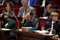 En un mois, l'exécutif a réussi l'exploit de rendre populaire auprès d'une majorité de Français une grève qui ne l'était pas initialement.