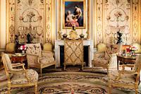 L'essence de l'élégance à la française passera sous le marteau de Sotheby's, qui disperse, les 11 et 12 décembre prochains, la collection d'Edouard et Jacqueline de Ribes.