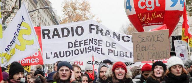 Des manifestants à Paris, le 5 décembre 2019.