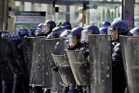 Des policiers ont reçu des courriers anonymes chez eux, menaçant leurs familles de représailles. Image d'illustration.