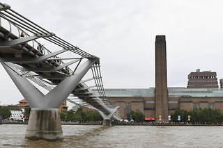 Le Tate Modern, un musée d'art moderne situé sur les rives de la Tamise, est un des lieux touristiques les plus visités du Royaume-Uni (photo d'illustration).