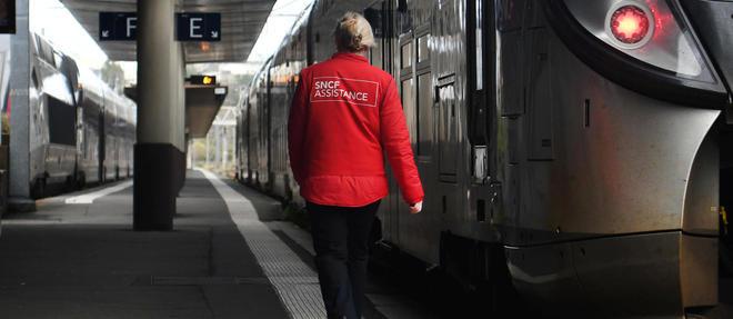 Les hommes devront, comme les femmes, payer 20 centimes à la gare de Brest pour accéder aux toilettes. (Illustration.)