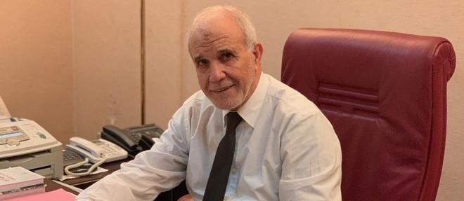 Ancien conseiller du président Abdelaziz Bouteflika puis ministre de la Justice, Mohamed Charfi a dû quitter son poste dans le sillage de l'affaire liée au lancement du mandat d'arrêt international contre l'ancien ministre de l'Energie, Chakib Khelil, en 2013.