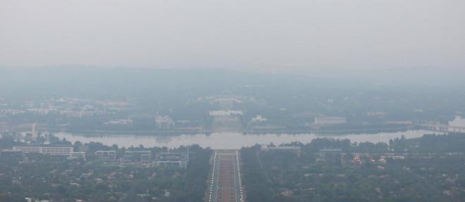 Canberra sous la fumée suite aux importants incendies qui touchent le pays.