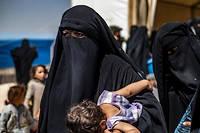 Quatre Françaises épouses de djihadistes présumés et leurs sept enfants, qui étaient détenus en Turquie après s'être échappés d'un camp en Syrie, ont été renvoyés lundi vers la France (photo d'illustration).
