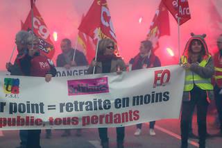 Manifestation interprofessionnelle contre la réforme des retraites, le 5 décembre à Valence.