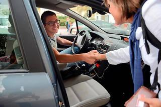 Redécouvert à l'occasion de chaque grève du secteur des transports, le covoiturage pourrait permettre de supprimer les embouteillages s'il était pratiqué toute l'année par les automobilistes français.