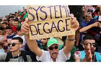 La justice algérienne a infligé mardi à Alger de lourdes peines à plusieurs anciens hauts dirigeants politiques et grands patrons jugés coupables de corruption dans le cadre du premier procès consécutif aux vastes enquêtes lancées après le départ du président Abdelaziz Bouteflika.