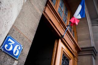 La brigade de répression du banditisme a été saisie par le parquet de Paris pour ce vol d'un préjudice total estimé à un million d'euros.